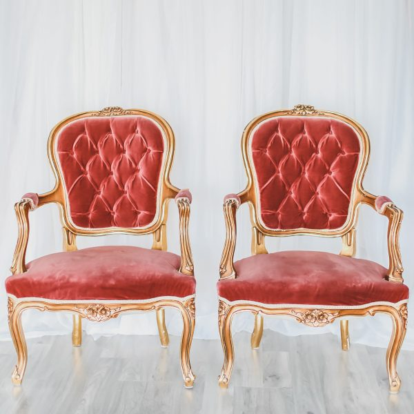 Blush Vintage Chairs Bride and Groom
