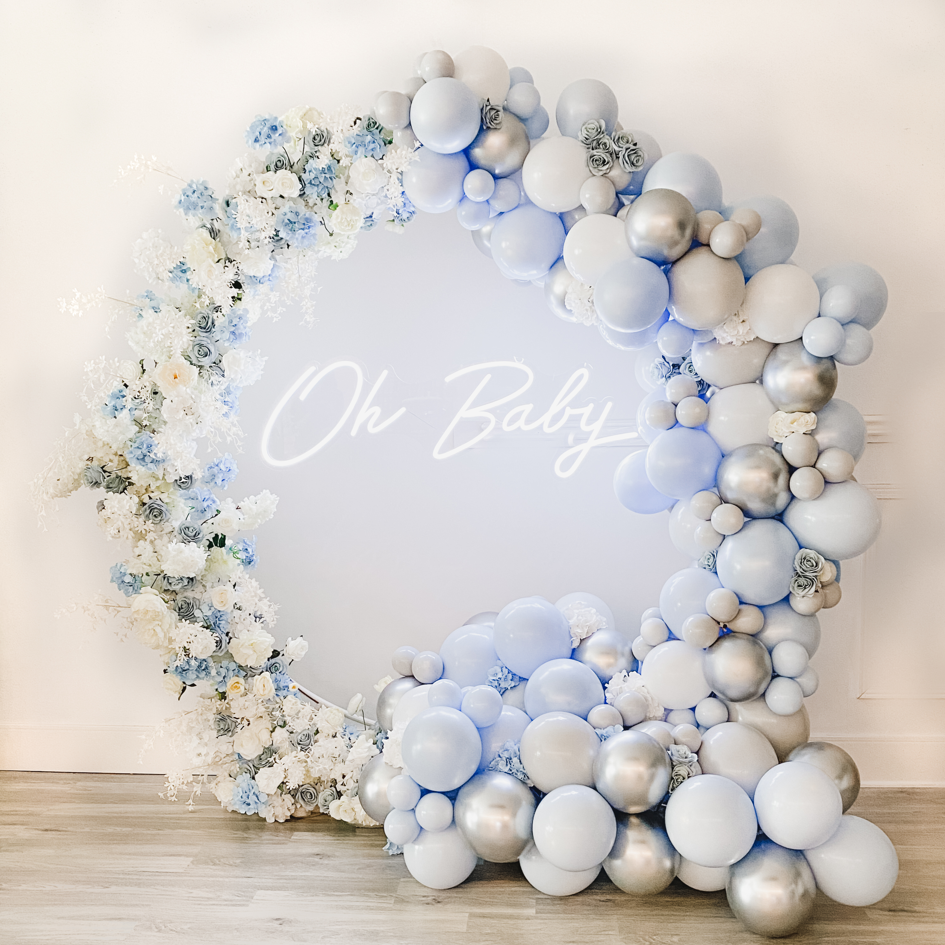 Oh Baby balloon Arch