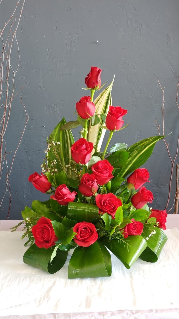 Select Flowers Curbside Pickup and Delivery of Bouquets