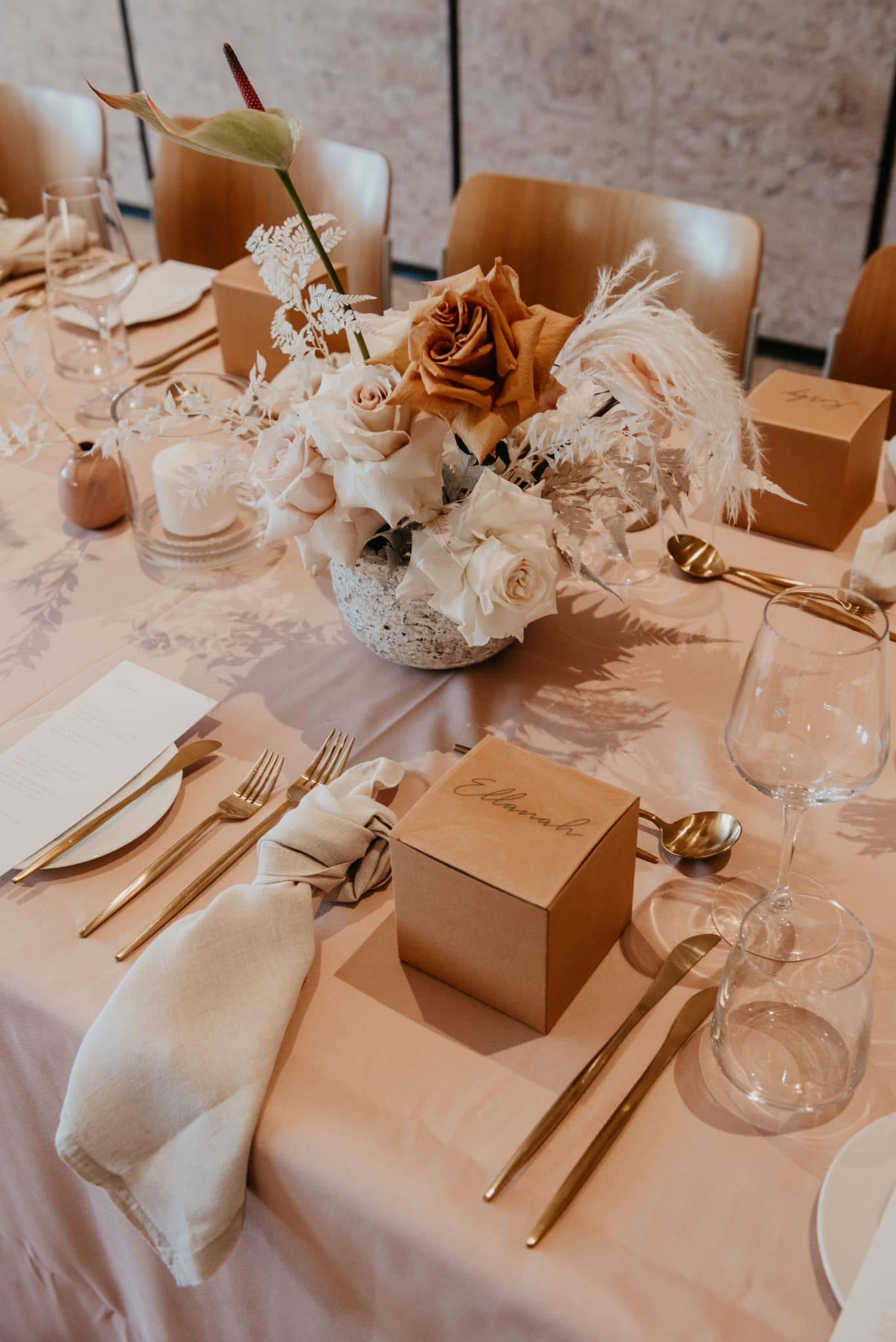 Small Dried Centrepiece