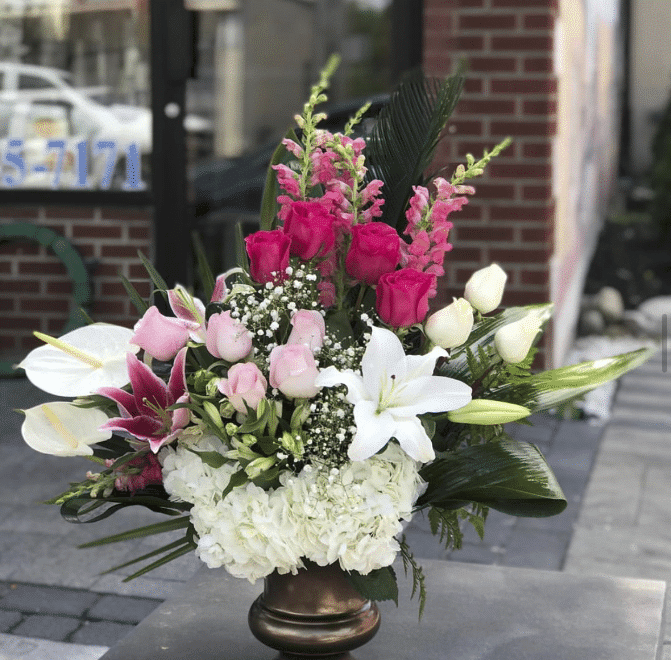 Dream Rose, one of the best shops for Mother's Day bouquets