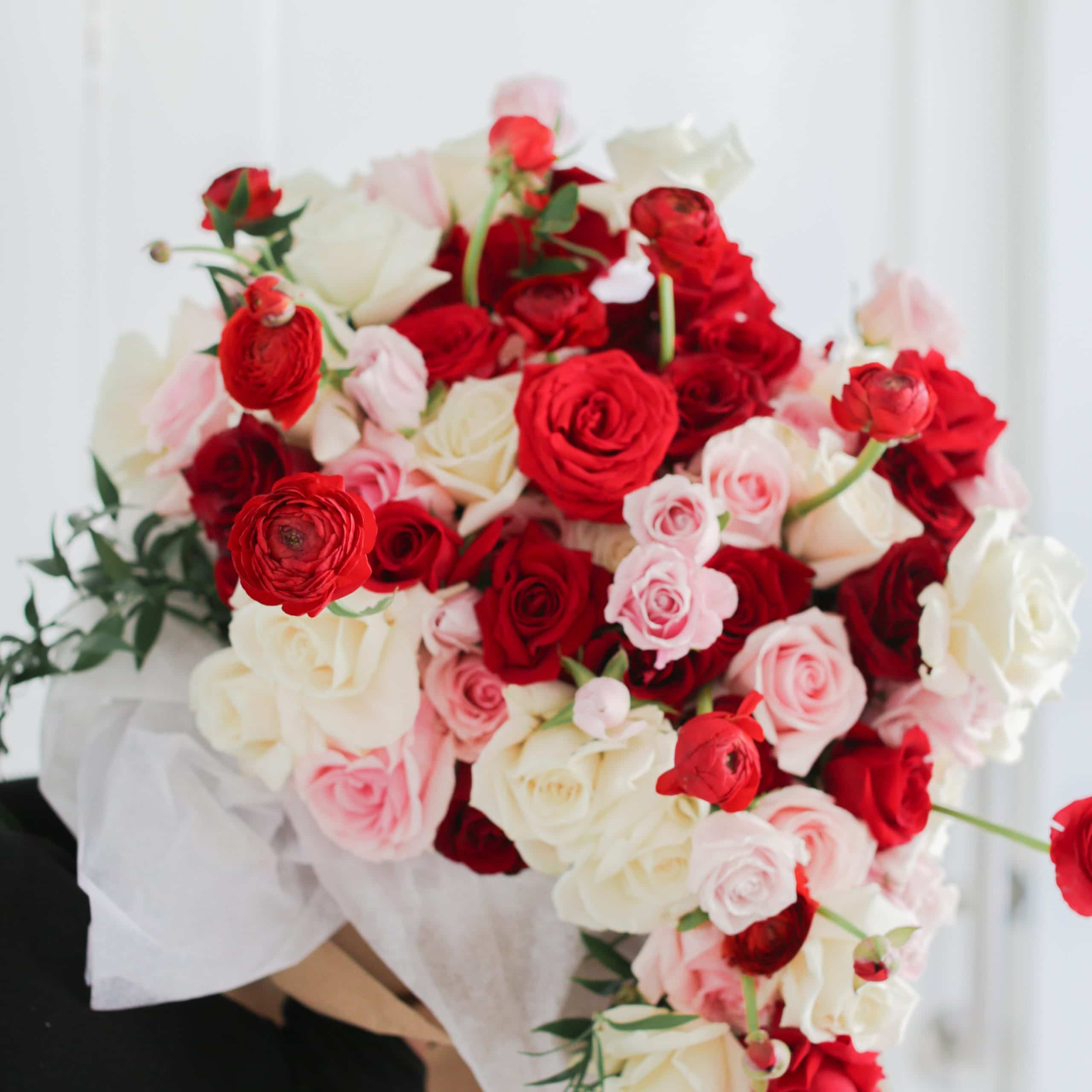 one of York florists delivering to Etobicoke