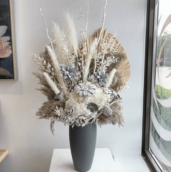 dried floral arrangements from Bloomberry