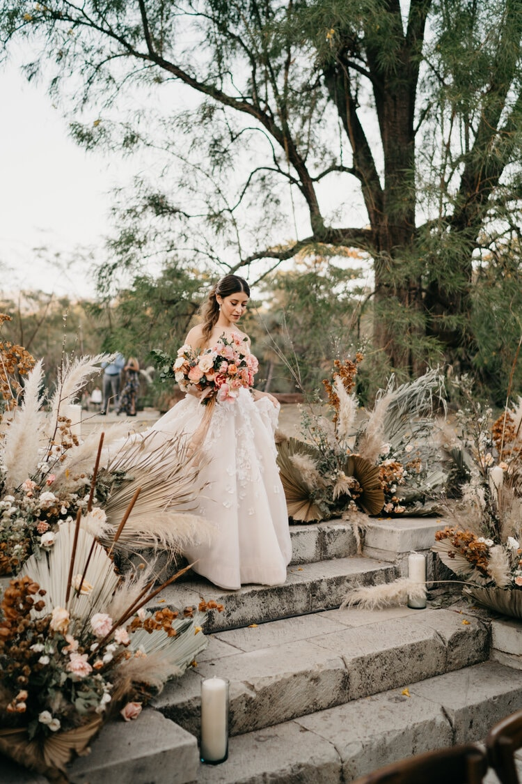 wedding flower package from Hunt and Gather